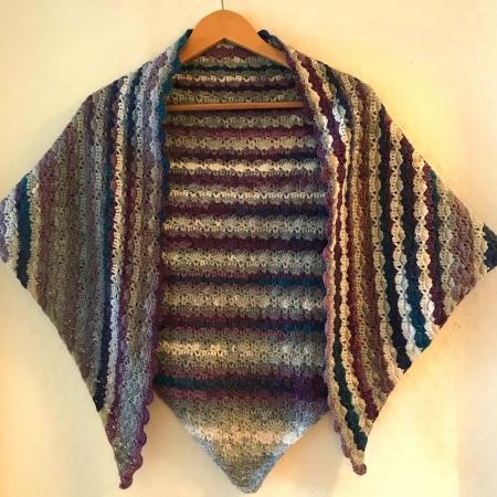 Hanging crochet shawl using hayfield spirit dk